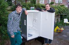 Fridge hacking guide: converting a fridge for fermenting beer