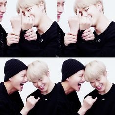 THIS WAS THE CUTEST THING I HAVE EVER SEEN IN MY LIFE! LOOK AT JIMIN'S LITTLE FINGER AW MY HEART