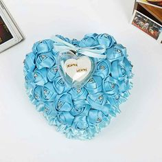 2018 New Romantic Rose Wedding Favors Heart Shaped Gift Ring Box Pillow Decoration Flower Decorations, Wedding Decorations, Tiffany Blue Weddings, Prim Decor, Country Decor, Rustic Decor, Box Roses, Pillow Box, Heart Pillow
