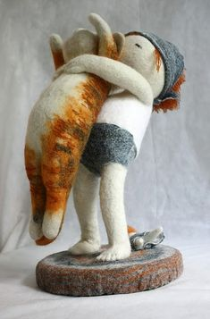 Needle felted sculpture by Irina Andreeva via Kickcan & Conkers