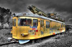 The Ivanhoe Independent Engine #ATime2Die #NadineBrandes  Yellow Locomotive III by H Sundholm (henriksundholm.com), via Flickr