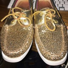 Gold sperry good condition  Cute Sperry Top-Sider Shoes Flats & Loafers