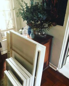 Heidi Shedlock South African Artist | Artist at home | interior | artists space  | painter | floral artist Artists Space, South African Artists, Storage Chest, Interior, Floral, Home Decor, Florals, Homemade Home Decor, Indoor