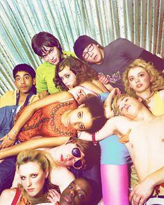 Skins (UK) Generation is the best! Joe Dempsie, Best Tv Shows, Best Shows Ever, Favorite Tv Shows, Favorite Things, Nicholas Hoult, Laya Lewis, Glee, Cast Of Skins