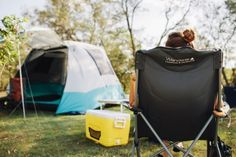 Camping for Beginners: The Real Mum's Guide + WIN a $250 BCF Gift Card to Help Set You Up! Silver Hair Dye, Grey Hair Transformation, Camping For Beginners, New Hair Trends, Gear S, Camping Guide, Camping Lights, Unicorn Hair, One Hair