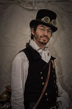 I see this guy as maybe an unkempt scholar who dabbles in a workshop from time to time. Friendly chap, and loyal. Informations About I see this guy as maybe an unkempt scholar who dabbles in a worksho Moda Steampunk, Steampunk Costume, Steampunk Fashion, Steampunk Photography, Proper Attire, Unique Costumes, Edwardian Dress, Renaissance Fashion, Punk Goth