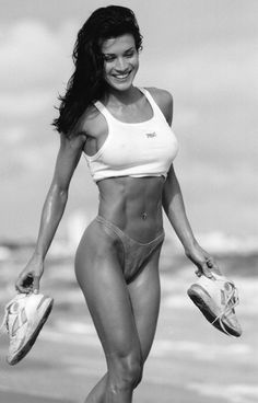 The Ultimate Female Training Guide: Specific, Proven Methods to Get Lean And Sexy | SimplyShredded.com