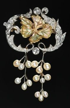 Brooch, c. 1890-1910 America, New Jersey, Newark, late 19th-early 20th century pearls, diamonds, enamel, gold, platinum