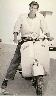 Anthony Parkins on Vespa (via parademonster)