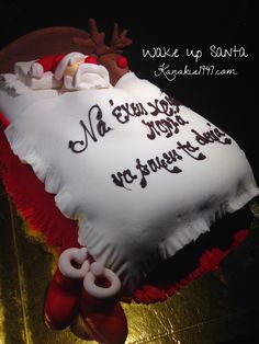 Wake up Santa !!  Birthday cake in the most celebratory time of the year !!  http://www.kanakis1947.com/#!premium-bithday-cakes/ci50