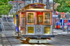 San Francisco Cable Car on our trip. Places Ive Been, Places To Visit, San Francisco Cable Car, Tiny House Exterior, Building Art, Car Drawings, Art Photography, California, America