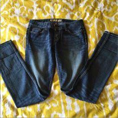 BKE jeans Super comfortable BKE jeans. Boot cut. Size 28x33 1/2 BKE Jeans Boot Cut
