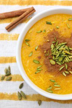 Shole Zard - Persian Saffron Rice Pudding - I got it from my Maman Iranian Desserts, Persian Desserts, Persian Recipes, Iranian Cuisine, Iranian Food, Best Rice Pudding Recipe, Saffron Recipes, Persian Rice, Saffron Rice