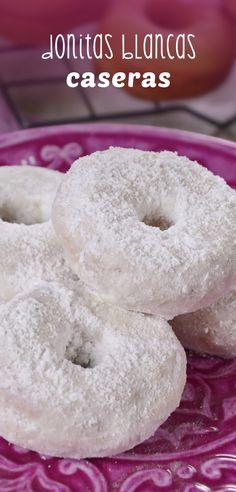 ¡No hay nada como las donas preparadas en casa y más cuando está cubiertas de azúcar! ¡A tus niños les encantarán!