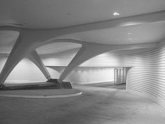 Calatrava Milwaukee Art Museum parking