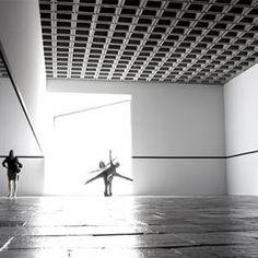 VIDEO: Robert Irwin Veils the Whitney in Light  | Artinfo