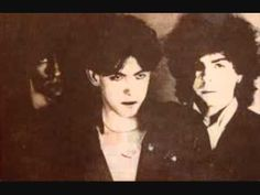 The Cure - A Forest (Extended) - YouTube