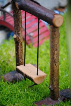 Fairy Swing @ Mayra's fairy garden - All About Kids Fairy Garden, Fairy Garden Furniture, Fairy Tree Houses, Fairy Garden Houses, Fairy Crafts, Garden Crafts, Garden Ideas, Fairy Garden Accessories, Fairy Doors