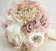 Brooch Bouquet  Vintage-Style in Ivory, Champagne, Blush and Dusty Rose with Feathers, Lace and Pearls
