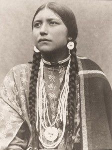 Lakota Sioux Women   Lakota (Sioux) Woman in Traditional Dress