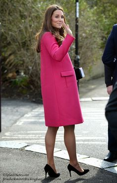 From Berkshire to Buckingham : Princess Kate Waves Farewell on Final Public Engagement