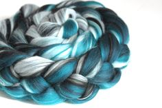 Merino Wool Spinning Felting Fibre Combed Top 100g - Spearmint (8.00 GBP) by Shunklies