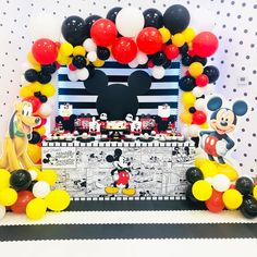 Prince Birthday Party, 1st Birthday Party Themes, Minnie Birthday, 1st Boy Birthday, Mickey Mouse Theme Party, Mickey Mouse Birthday Decorations, Mickey Mouse Baby Shower, Pastel Mickey, Vintage Mickey