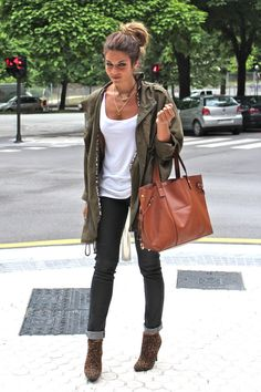 Cuuuute...skinny jean, white tank, olive parka trench, leopard booties, great camel leather bag!