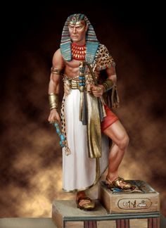 that Ramses II, one of ancient Egypt's longest-reigning rulers, is believed to have fathered nearly 100 children during his lifetime. When did he have time to be a ruler? Ancient Egypt Art, Ancient Romans, Ancient History, Ancient Aliens, Egyptian Costume, Egyptian Art, Egyptian Jewelry, Ramses, Tomb Kings
