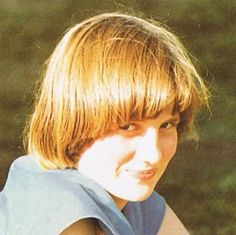 Lady Diana Childhood :: LadyDianaSpencer-Teen47.jpg image by dawngallick - Photobucket