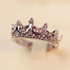 Vintage Hollow-out Crown Ring for Women Rings