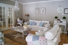 Furniture Inspiration, Furniture Design, Couch, Doors, Living Room, Spring Time, Album, Home Decor, Settee