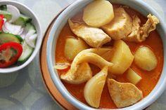 Kaeng Kari Gai (Żółte curry z kurczaka) | Notatnik Kuchenny – smaki całego świata (w budowie)
