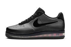Following a brief teaser earlier this week, Nike presents the Air Force 1 Foamposite Max for Black