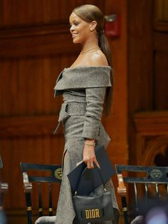 Rihanna at Harvard University to accept the 2017 Harvard Humanitarian of The Year Award. (Feb. 28)