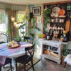 Cool Unusual Bohemian Kitchen Decorations Ideas To Try. kitchen decor ideas Unusual Bohemian Kitchen Decorations Ideas To Try Bohemian House, Bohemian Decor, Bohemian Kitchen Decor, Modern Bohemian, Bohemian Interior Design, Home Panel, Deco Retro, Kitchen Photos, My New Room