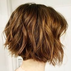 60 Layered Bob Styles: Modern Haircuts with Layers for Any Occasion Shaggy Bob Hairstyles, Modern Bob Hairstyles, Layered Bob Hairstyles, Haircuts With Bangs, Bob Hairstyles 2018, Pixie Haircuts, Medium Hairstyles, Curly Hairstyles, Wedding Hairstyles