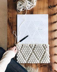 I Learn Knitting Crochet Bobble, Crochet Motifs, Crochet Stitches Patterns, Stitch Patterns, Knitting Patterns, Afghan Crochet, Bobble Stitch Crochet, Crochet Blocks, Afghan Patterns