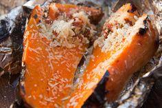 Baked Butternut - the Bertus Basson Way Braai Recipes, Wine Recipes, Baking Recipes, Healthy Recipes, Stuffed Pepper Soup, Stuffed Peppers, Spinach Basil Pesto, Basson, Raspberry Ice Cream