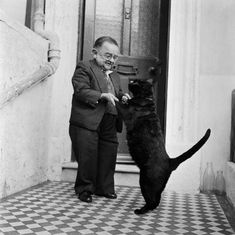 The smallest man in the world dancing with his cat. by Gethighwithcoffee. Discover cat secrets on https://ift.tt/2Hm4Sxi cats kitten catsonweb cute adorable funny sleepy animals nature kitty cutie ca