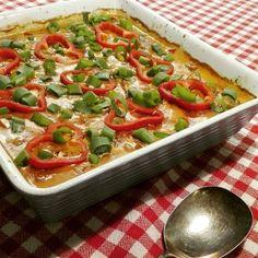 Svensk mørbradret! - Super lækker!Lad mig starte med at sige, jeg aner ikke hvorfor det hedder svensk mørbradret. Jeg tror ikke der er meget svensk over den. Opskriften stammer fra min mormor, der igennem mange år har lavet denne lækre ret. Hun har heller intet svar til hvorfor det he Paleo Recipes, Great Recipes, Cooking Recipes, Favorite Recipes, Pizza Snacks, Dinner Is Served, Easy Food To Make, Vegan Gains, Lunches And Dinners