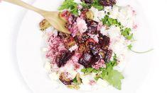 Rukolový salát s řepou a veganským sýrem Tahini, Cabbage, Grains, Rice, Vegetables, Cabbages, Vegetable Recipes, Seeds, Laughter