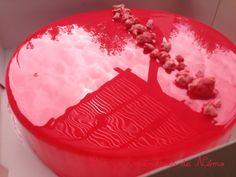 entremet fraise, insert citron, génoise amande citron et glaçage miroir rose