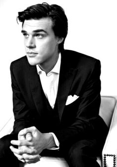"""Finn Wittrock -- He really brings """"Dandy"""" to life on Freak Show. I can add him to the yummy pile, right?"""