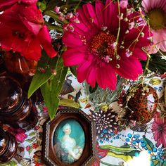CAROLINE'S INTERIORDESIGN @interiorartwork Instagram photos | Websta Floral Wreath, Designers, Interior Design, Random, Instagram, Photos, Painting, Home Decor, Art