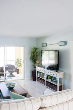 Beach Condo Living Room Decor   Before And Afters