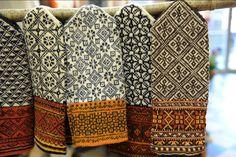Ar tautastērpu darināšanu uzņēmumi un amatnieki gan kopj kultūras mantojumu, gan pelna :: db.lv