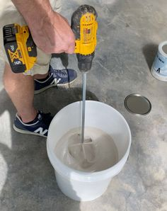 How to Epoxy Coat a Garage Floor - Plank and Pillow Epoxy Garage Floor Paint, Garage Floor Coatings, Epoxy Floor, Garage Epoxy, Sweep The Floor, Epoxy Coating, Garage Makeover, Plank Flooring, Paint Chips