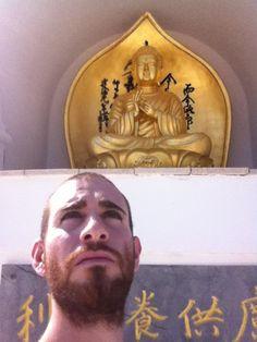 Pagoda della pace. Comiso.