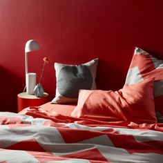 Aura by Tracie Ellis Chevron Grande Neon Coral Quilt Cover